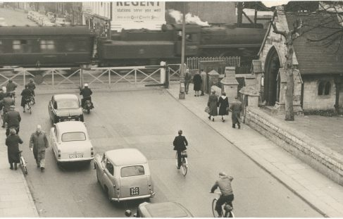 Images of traffic at Barton Gates in 1959